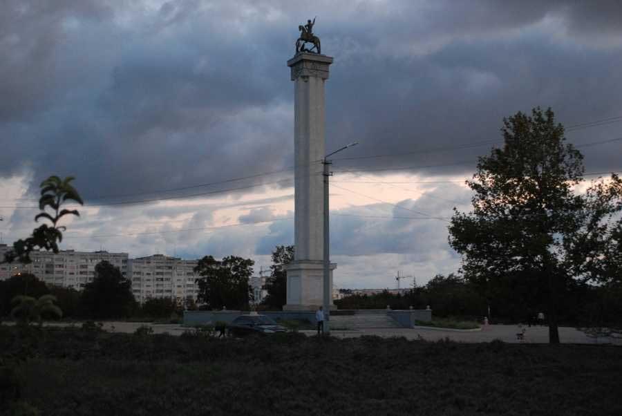 Парк Победы в Севастополе становится опасным местом