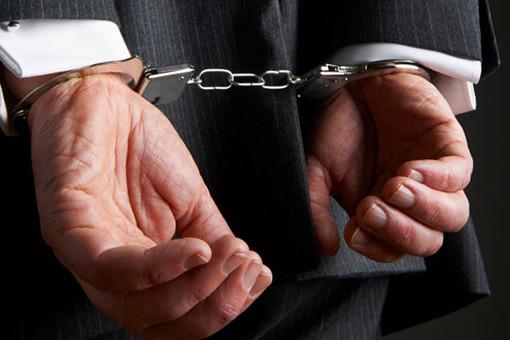 В Севастополе поймали чиновника-взяточника