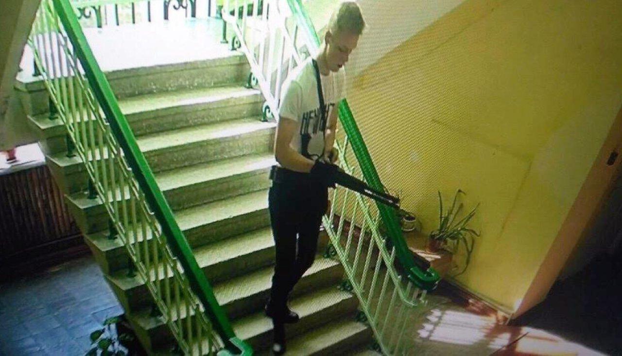 Все, что известно о Владиславе Рослякове, стрелке из Керченского колледжа