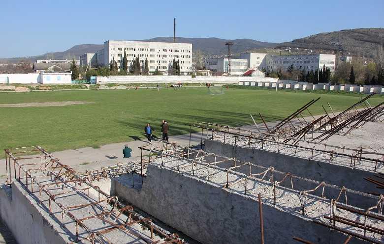 Начало новой «жизни» стадиона «Горняк». Как проходит реконструкция