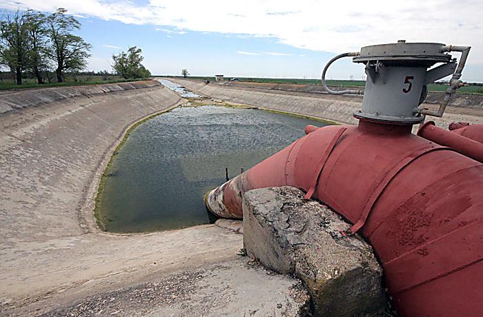 Проблемы водоснабжения для жителей нет, она есть только для бизнеса и «Примечаний»