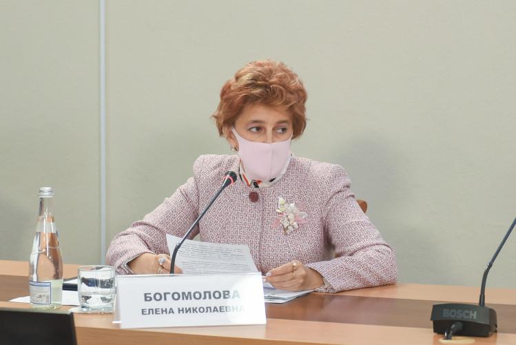 Глава образования Севастополя заявила о попытках срыва оздоровительной кампании