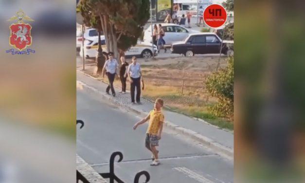 Крымский растаман медленно убегал от полиции в центре Севастополя
