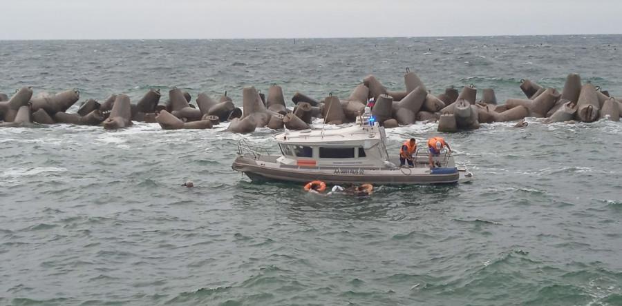 На внешнем рейде Севастополя затонул катер