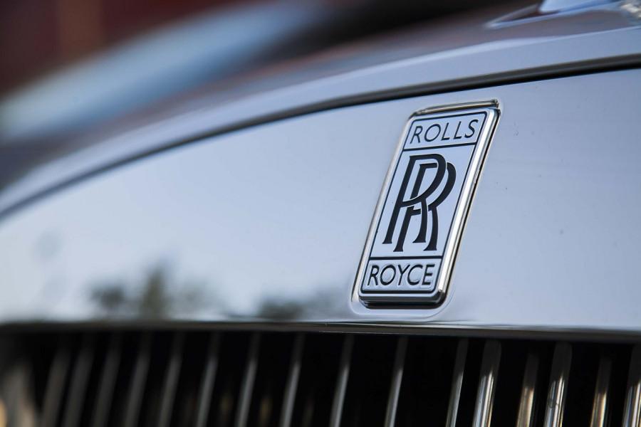 Под Севастополем подожгли дорогостоящий Rolls-Royce