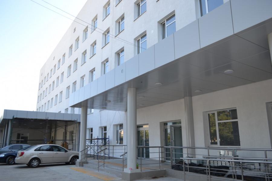 Прокуратура Севастополя проверяет ремонт роддома №2