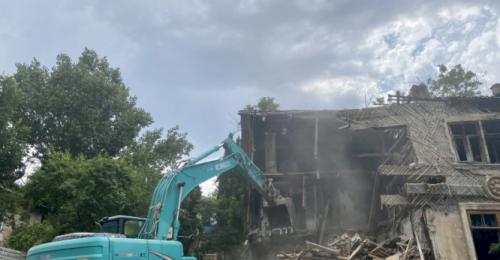 Снос трёх аварийных домов завершён в Севастополе