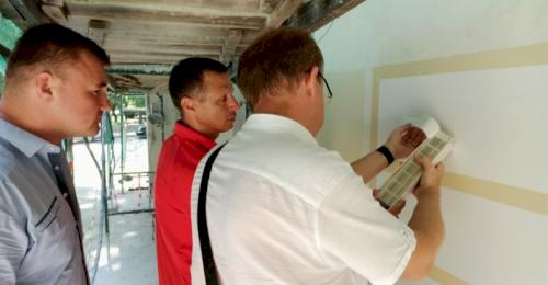 В ходе капитального ремонта домов в Севастополе будут проводить контрольные выкрасы фасадов