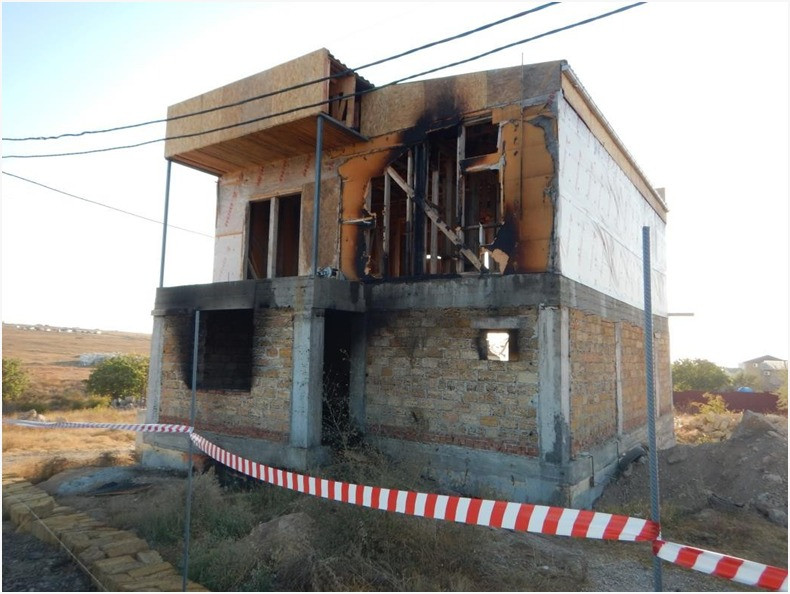 В Севастополе рабочий заживо спалил в подвале хозяина стройки