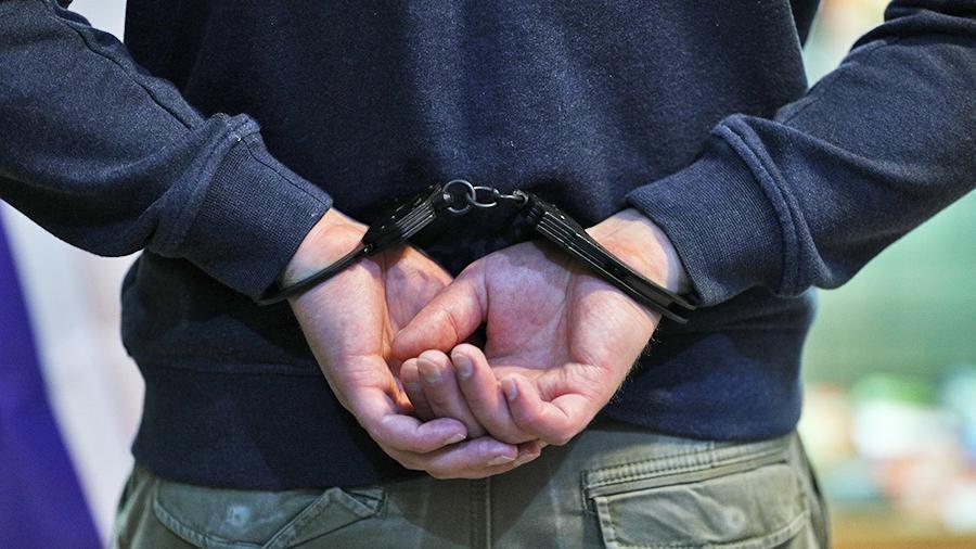 В суд Севастополя ушло дело насильника в маске и перчатках