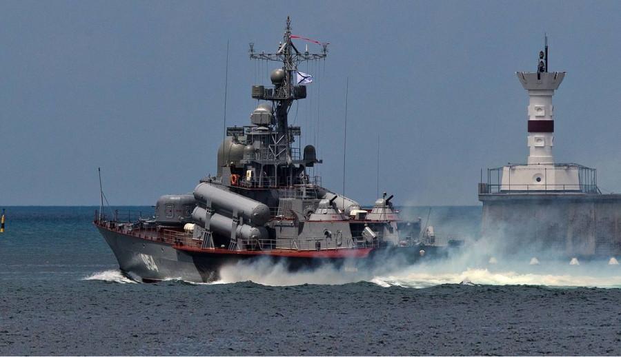 20 кораблей ЧФ покинули Севастополь