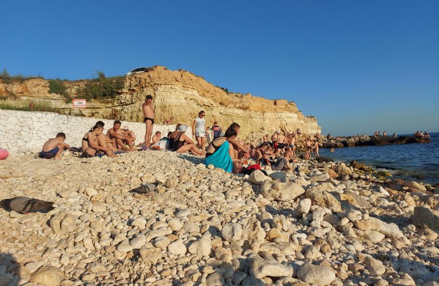 Как часто севастопольцы ходили на море в этом году