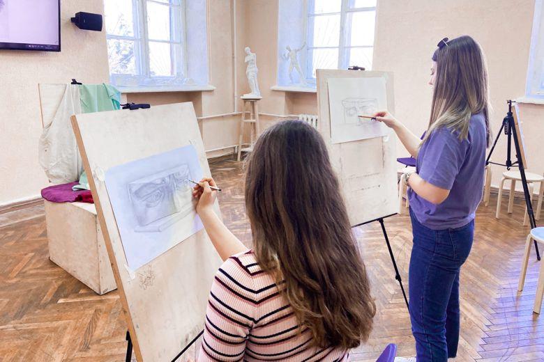 «Рисунок с элементами черчения». Подготовительные курсы к вступительному творческому экзамену в СевГУ