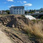Строители водовода в Севастополе превратили в свалку Карантинную балку
