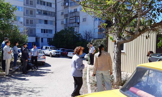 Угроза застройки двора на улице Гавена в Севастополе пока отступила